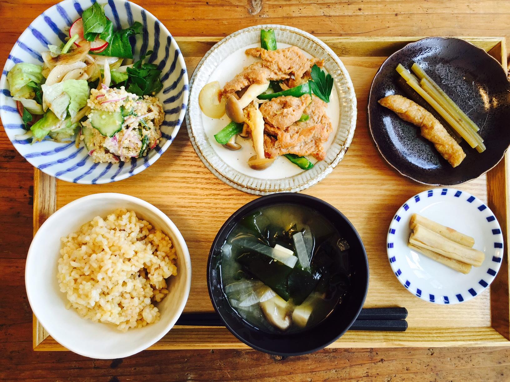 KURASSO Cafe プレートランチ土1